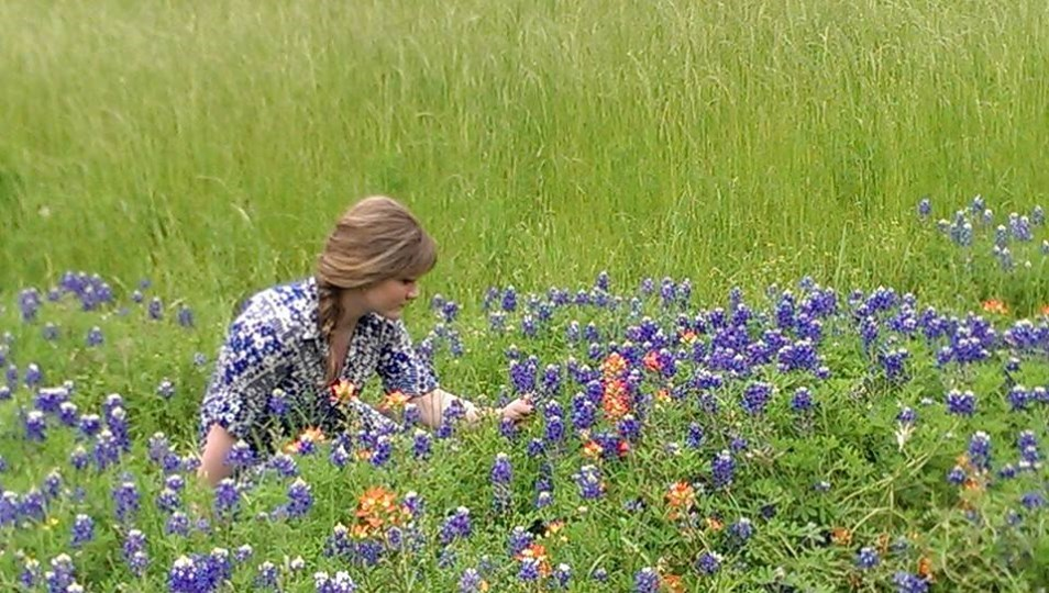Me in bluebonnets2